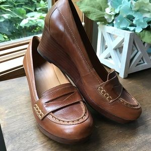 L L Bean Wedge Loafer